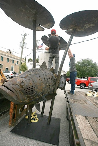 4-Doug-Hays-bass-fish-public-art-sculpture-Palatka-Florida